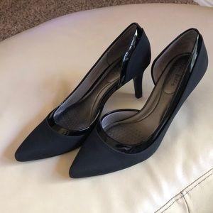🌸 Gorgeous Black Heels